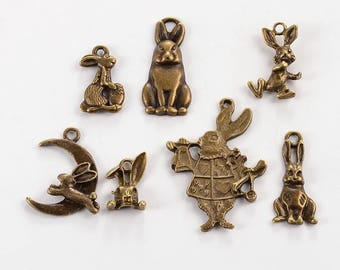 """Set of 7 charms themed bronze """"Rabbits"""" (BR048)"""