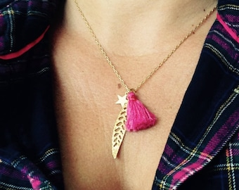 Gold plated necklace, leaf and Star Gold, fuchsia tassel