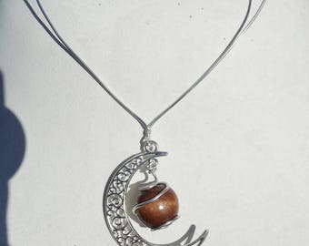 Original necklace, Moonstone and Pearl pendant wood