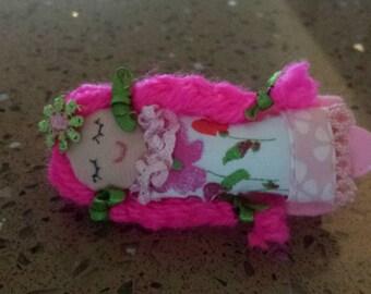 Fermacapelli con bambolina