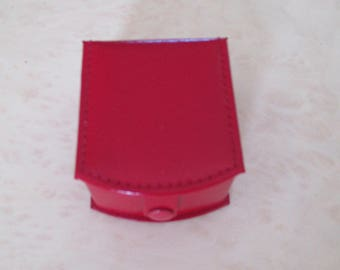 red leather box ring