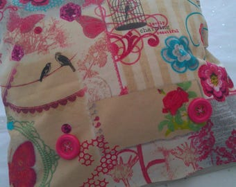 Pillow + cover motif flowers and birds + large buttons - 40 x 40 cms - shades of beige, fuchsia