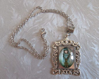 Necklace / girl cabochon pendant and chain 46 cm