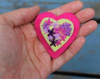 Hand-embroidered Flowery Heart Patch/Pin
