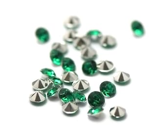"""5g of Crystal beads glass paste """"cone"""" 4 mm emerald green"""