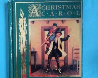 CLASSIC A Christmas Carol Hardcover Book