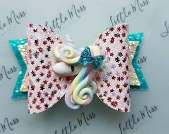 Unicorn Swirls Bow