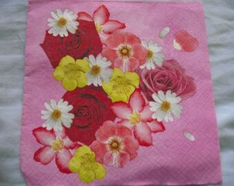 FLOWERS DECORATION TOWEL VARIES