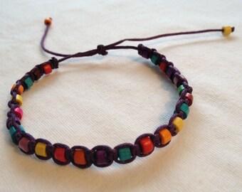 Wood bead macrame friendship bracelet *.