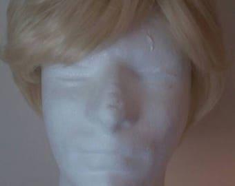 Short Layered Blonde Wig
