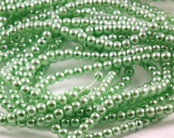 X 120 green 3 mm glass pearls