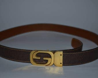 Vintage leather Gucci belt with gold buckle