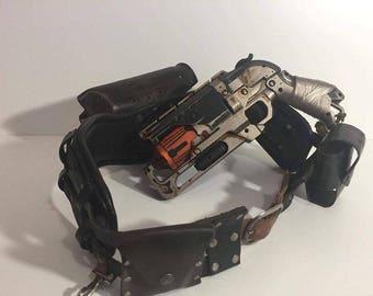Wasteland Holster Belt with Gun