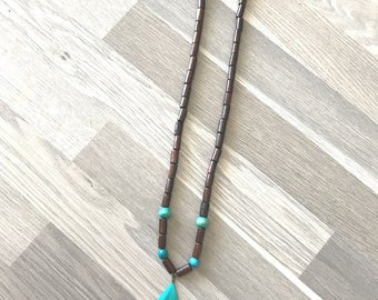 "Necklace ""Natur'a feather"" chocolate/turquoise"