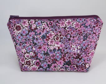 Purple Floral Essential Oil Bag (Essential Oil Travel Bag, Essential Oil Storage, Essential Oil Pouch, Cosmetics Bag, Makeup Bag)