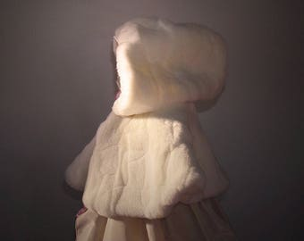 Cape with hood - model Luce ceremony