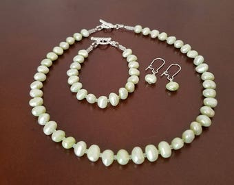 Pastel Green Freshwater Pearl Jewelry Set