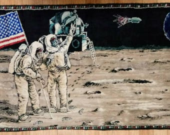 Vintage Astronaut Apollo 11 MOON Landing Tapestry. NASA RARE Space Wall Hanging Neil Armstrong Buzz Aldrin Rocket Science American Flag 1969