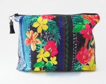 Gifts for her, Wash bag, Tropical Glitch, jungle, botanical, tropical, travel bag, cosmetic bag, zip bag.