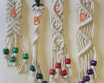 macrame keychain/zipper pull