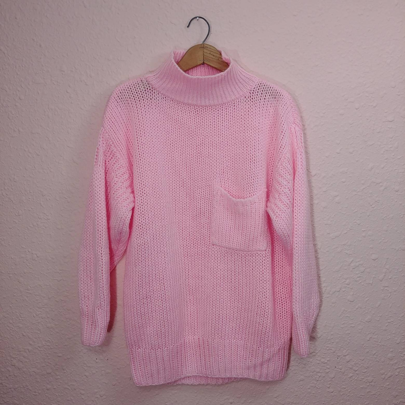 Vintage Pastel Pink Knit Sweater // Slouchy Pocket // Turtle