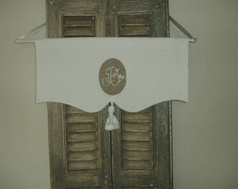 Pair of curtain breeze in old linen, Monogram Letter D