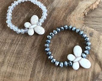 Glass beads and howlite bracelet