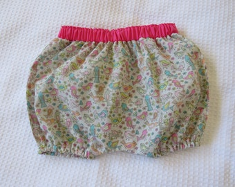 Baby bloomers -Newborn baby bloomers -Floral baby bloomers -Pink bloomers-Baby girl shorts