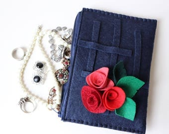 felt wallet, make-up organizers, jewelery bag, pencil case, purse roses personalized valentines day gift for her zipper clucth