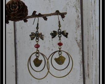 Bird earrings in circles, bronze and Red