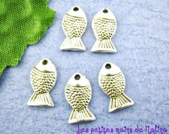 5 fish handmade charms