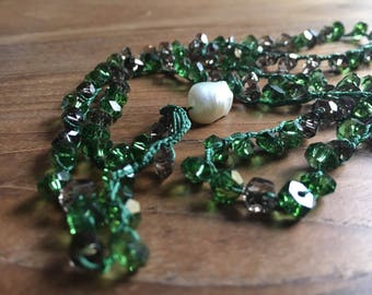Emerald green Crystal Necklace-costume jewellery-bijoux-necklaces-crystals-Women's jewelry-crystal necklace-gift-Birthday-Gifts