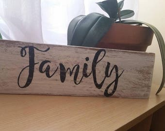 Family-stand up sign-Pallet rustic sign