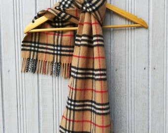 100% Lambswool Burberrys England Made Checkered Scarf muffler