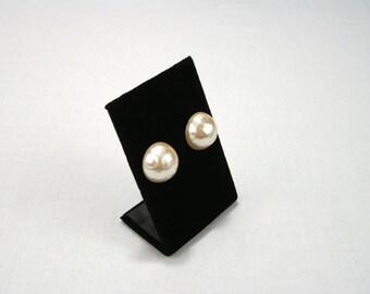 Half Sphere Dimpled Faux Pearl Earrings