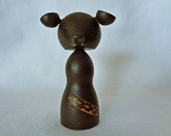 1223:Bear figurine/doll,wood carving bear,Hand made in Japan from wood