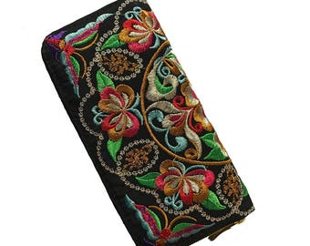 Wallet Embroidered Colorful Flowers/Plum Flower Purse