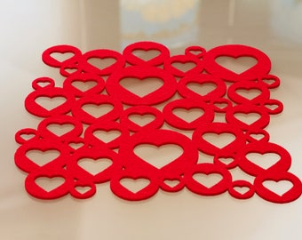 ONELOVEed felt placemat, red hearts/centerpieces/breakfast Placemat