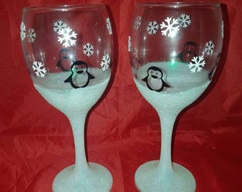 Penguin glitter glasses, glitter glass, penguins, penguin, winter glasses, birthday gifts, mothers day gift, Christmas gifts, Christmas
