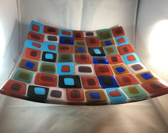 Fused glass plate, bowl, layered fused glass
