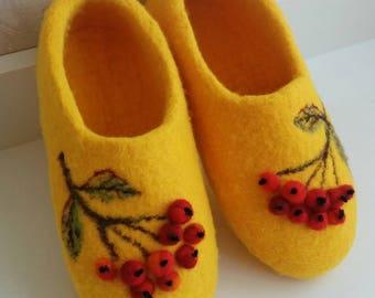 """Felted slippers for children """"Rowan"""""""