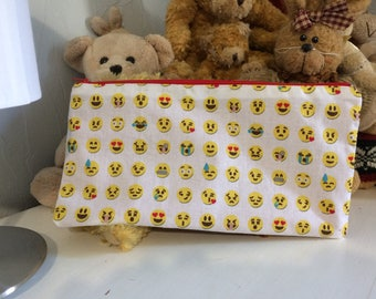 Emoticon pouch