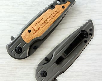 Retirement Gifts For Friends Personalized Engraved Portable Folding Knife Wood Handle Stainless Steel Single Blade Aniversary Favors
