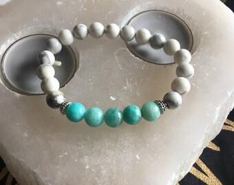 Amazonite & Howlite bracelet