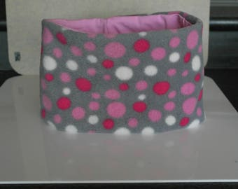 grey snood for children age 6-12 with pink polka dots