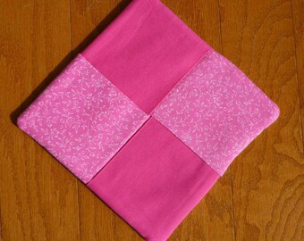 Pot Holder - Pink and White Flowers