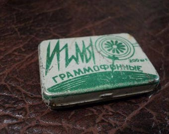gramophone needle box. Vintage gramophone needle in its original tin box. Soviet times. 1958 production