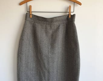 "Vintage Wool Blend Black and Grey Herringbone Skirt, 28"" waist"