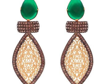 Ariya Earrings in Gold/Green