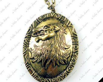 Game of Thrones ~ House Lannister Cersei Lion Pendant